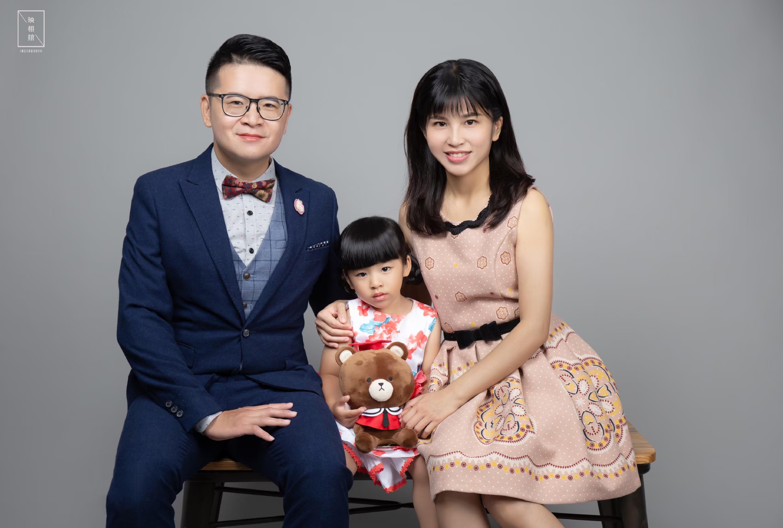 高雄形象照-韓式形象照-父親節全家福|映相館替你留下最珍貴的回憶